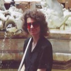 Gloria  Allaire